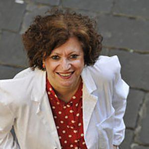 foto della dottoressa Elisabetta Chelo presso centro Demetra